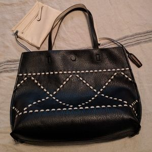 🖤NWT REVERSIBLE LEATHER TOTE!